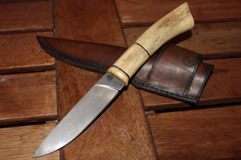 Достойный подарок другу или делаем рукоять для ножа из рога 252